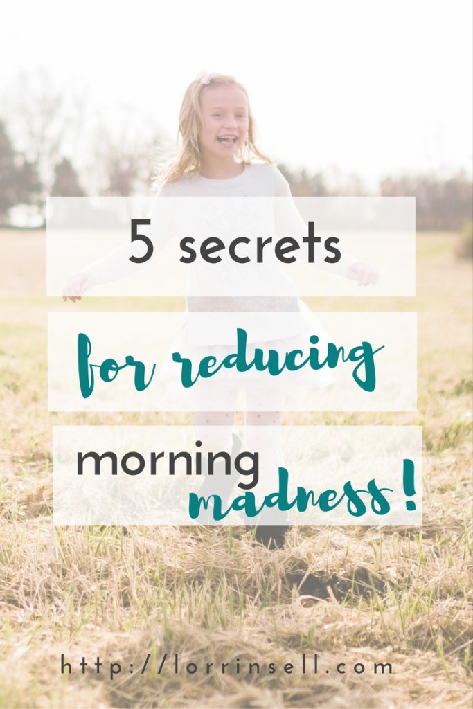 if you have trouble getting out of the house on time in the mornings with your kids, you're not alone! here are some tips!