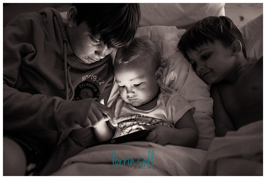 Just because the sun is gone, doesn't mean you have to stop taking pictures of your kids! check out these tips for taking pictures at night.