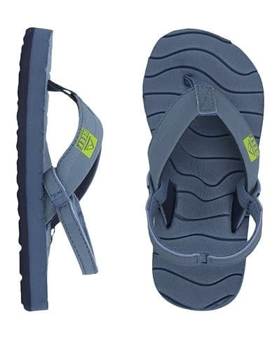 These are the perfect sandals for kids to play in, or go out for dinner. I love how easily they clean up.