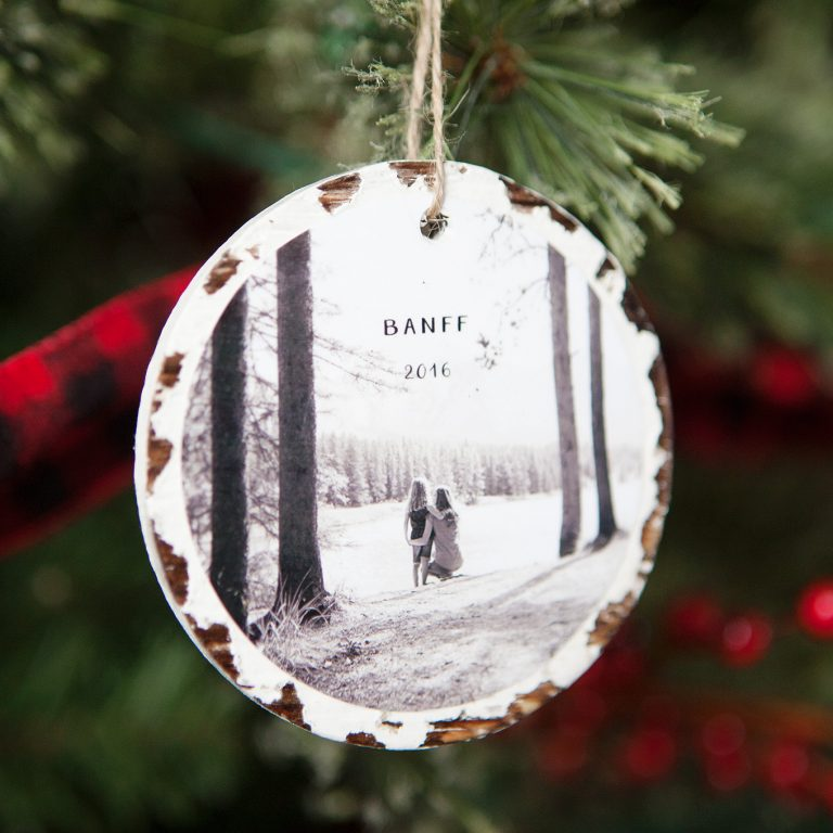 Looking for great last minute DIY photo gifts? This is a perfect list of ideas!