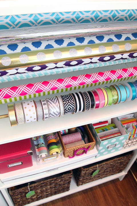 i love these ideas for the best ways to organize wrapping paper. I'm constantly losing stuff, or ruining paper because I don't have things organized. These are the perfect solution!