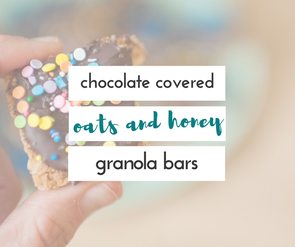 This recipe for chocolate covered oats and honey granola bars is delicious, healthy, and so easy to make!!